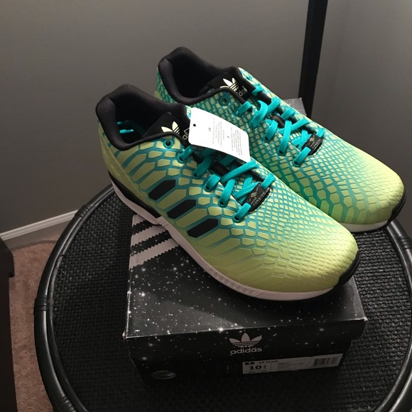 4b12a6f0c Adidas ZX FLUX size 10-1 2 brand new with tags!